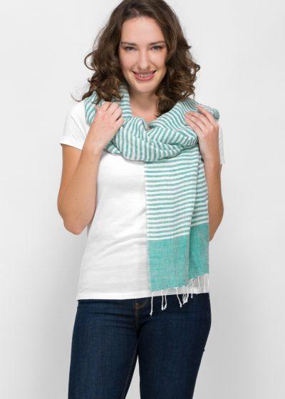 in Indien handgewebter Schal mit grünen Streifen
