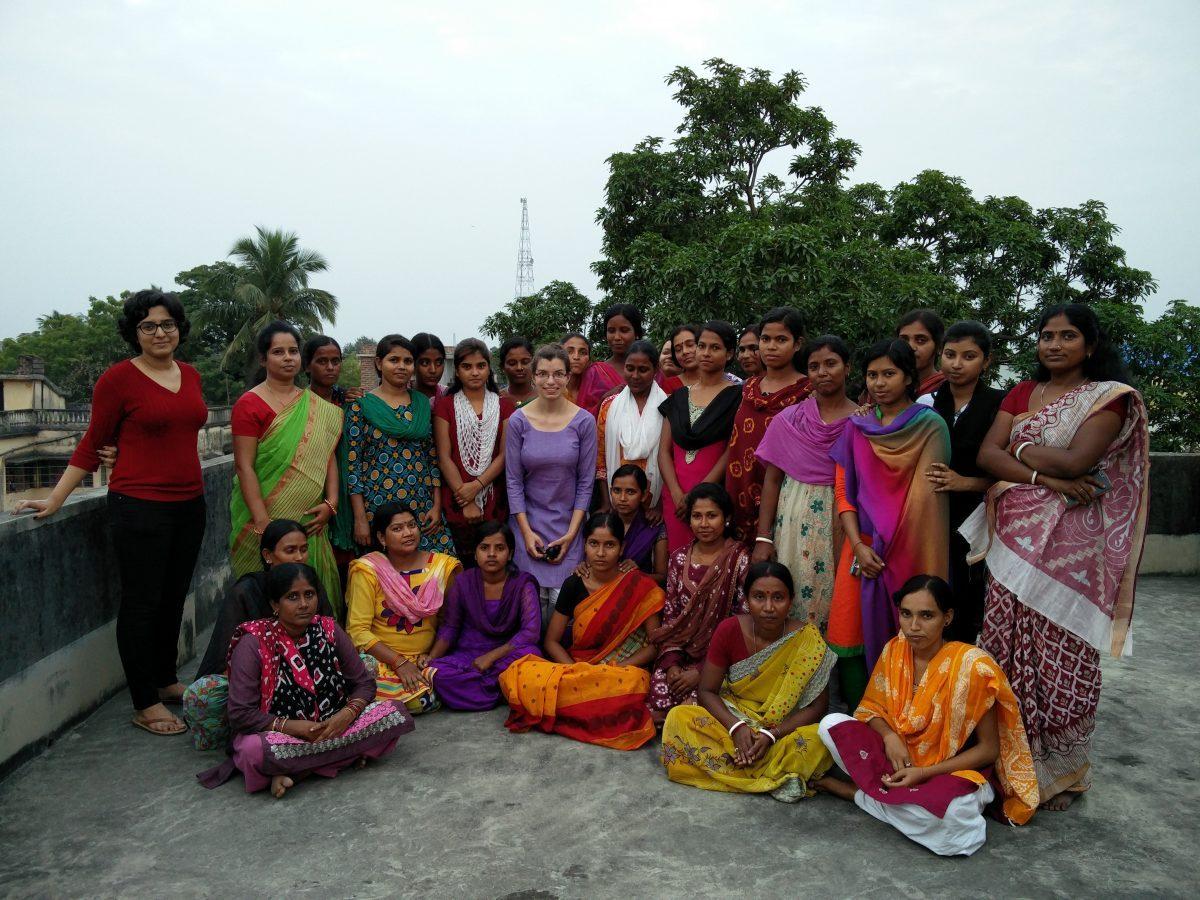 Schulklasse Schneiderschule in Indien