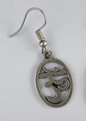 Ohrring mit Om zeichen klein Silber