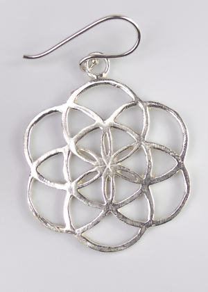 Silberfarbener Ohrring Blume des Lebens