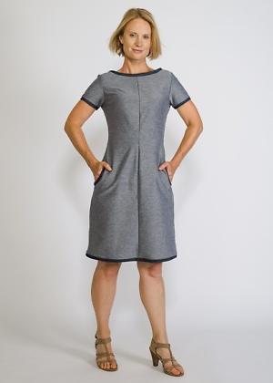 elastisches Jeanskleid mit Taschen von Green Size
